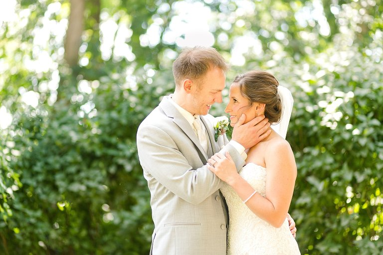 romantic wisconsin wedding photographer