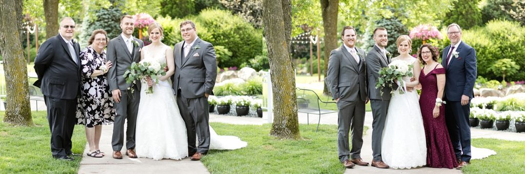 family portraits at wedding atThe Florian Gardens in Eau Claire