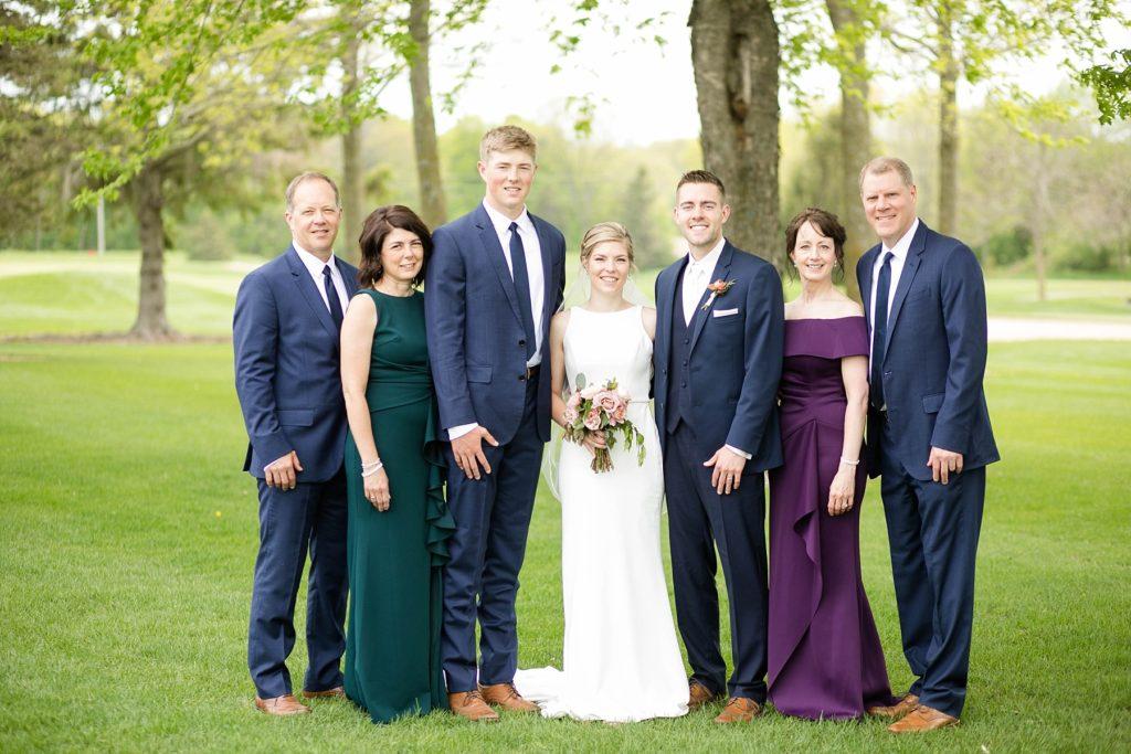 wedding family photos in Rice Lake, WI at Turtleback Golf