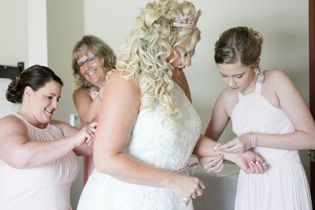 bride getting ready at the Heyde Center in Chippewa Falls